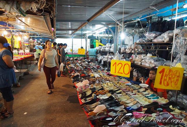 Thú vị chợ đêm cuối tuần ở Phuket