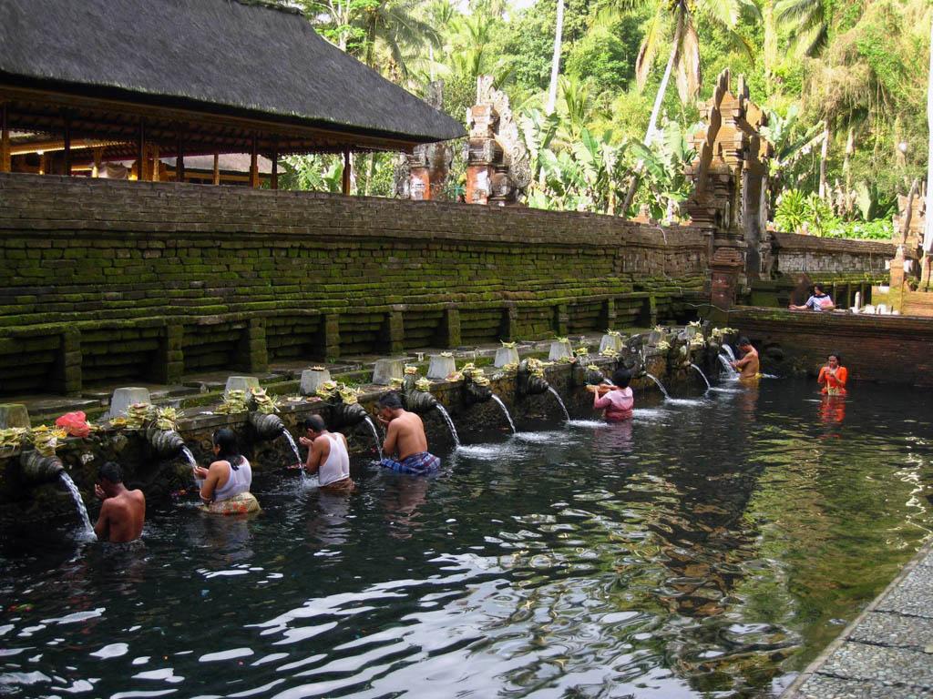 Ghé thăm đền thiêng Gunung Kawi ở Indonesia