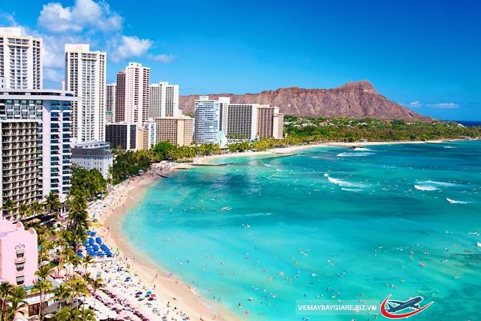 Waikiki được đánh giá là bãi biển đẹp nhất thế giới
