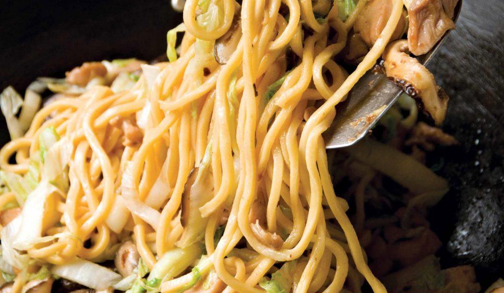 Top 5 món ăn ngày Tết nhất định phải có của người Singapore