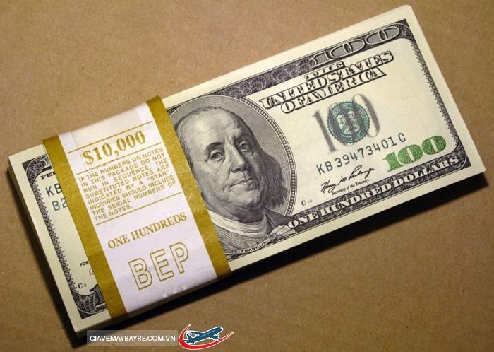 Tiền mặt không được mang khi nhập cảnh vào Mỹ