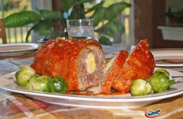 Món thịt lợn Lechon asado