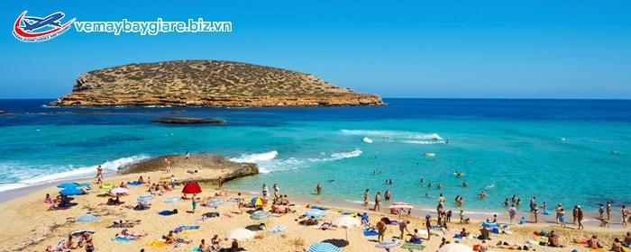 Biển ở Ibiza vô cùng đẹp