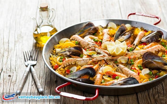 Cơm chảo Paella