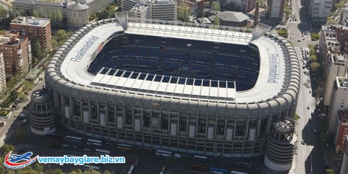 Santiago Bernabeu - thánh đường bóng đá của người Madrid