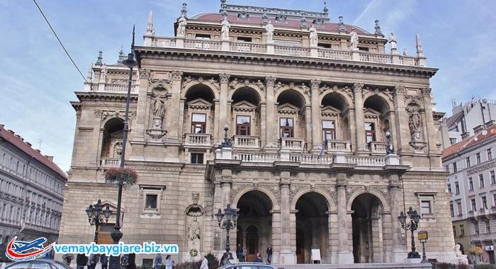 Opera House - kiệt tác kiến trúc thời tân Phục Hưng của Budapest